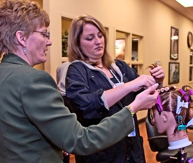 5 Reasons Why Getting a Cosmetology Diploma is Right for You